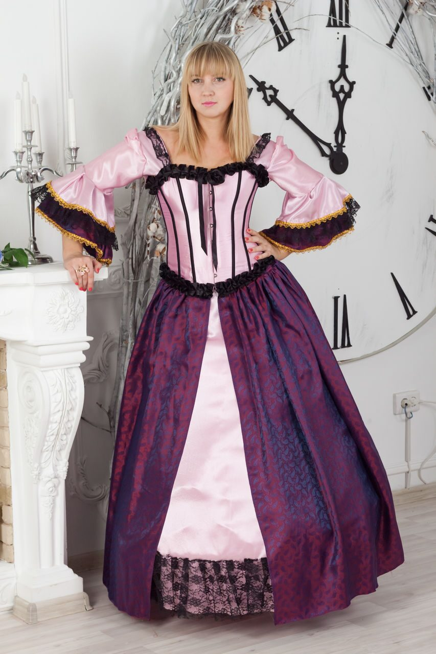 Магазин нарядных платьев